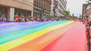 Contribuer à l'inclusion des personnes LGBTQ2+ à son travail